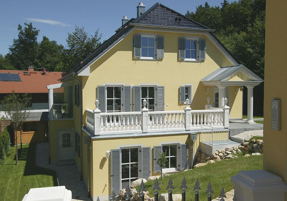 Nice flat in a comfortable house 2 3 persons apartments for Big houses in germany