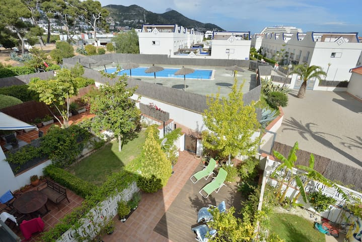 Quiet & charming house in Sitges   - Sitges - House