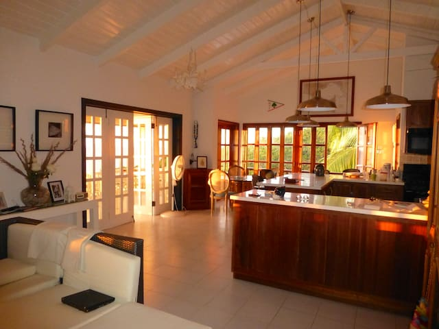 A perfect Caribbean retreat - Woodlands - Huis
