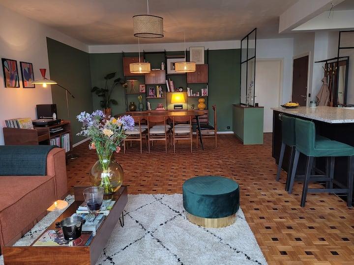 Vintage flat in trendy Brussels uptown
