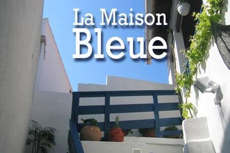 La Maison Bleue - Saintes-Maries-de-la-Mer - Byt