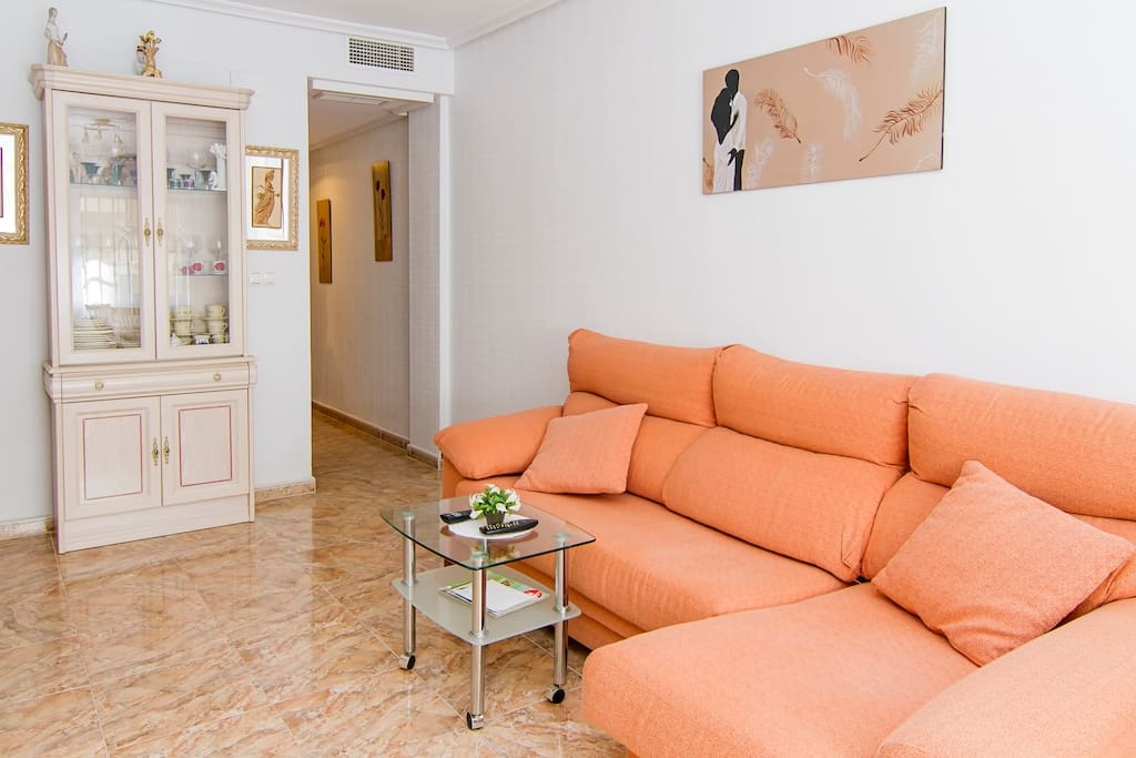 Yovalutres piscina privada torrevi apartamentos en for Alquiler chalet piscina privada comunidad valenciana