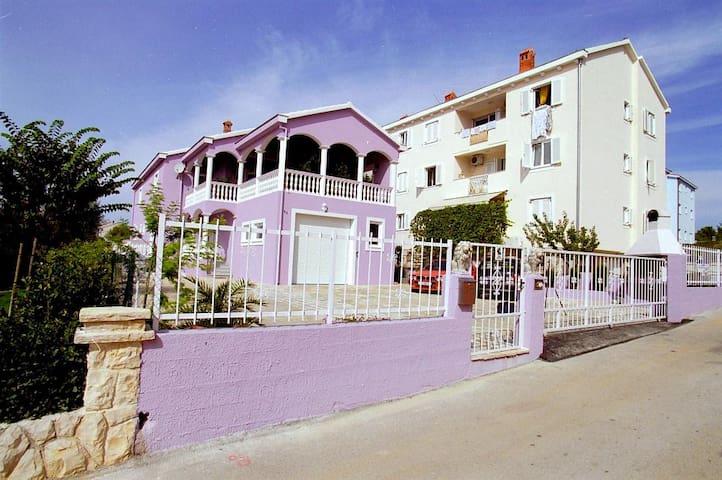 Viola Apartment I near the sea - Zadar - Apartamento