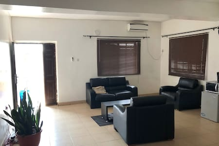 ARO|Apartments: Mdrn 2 Bed Apartment (Ogba/Ikeja)