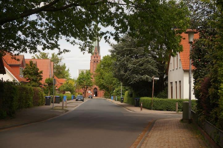 Zimmer, schöne Lage, stadtnah - Oldenburg - Ház