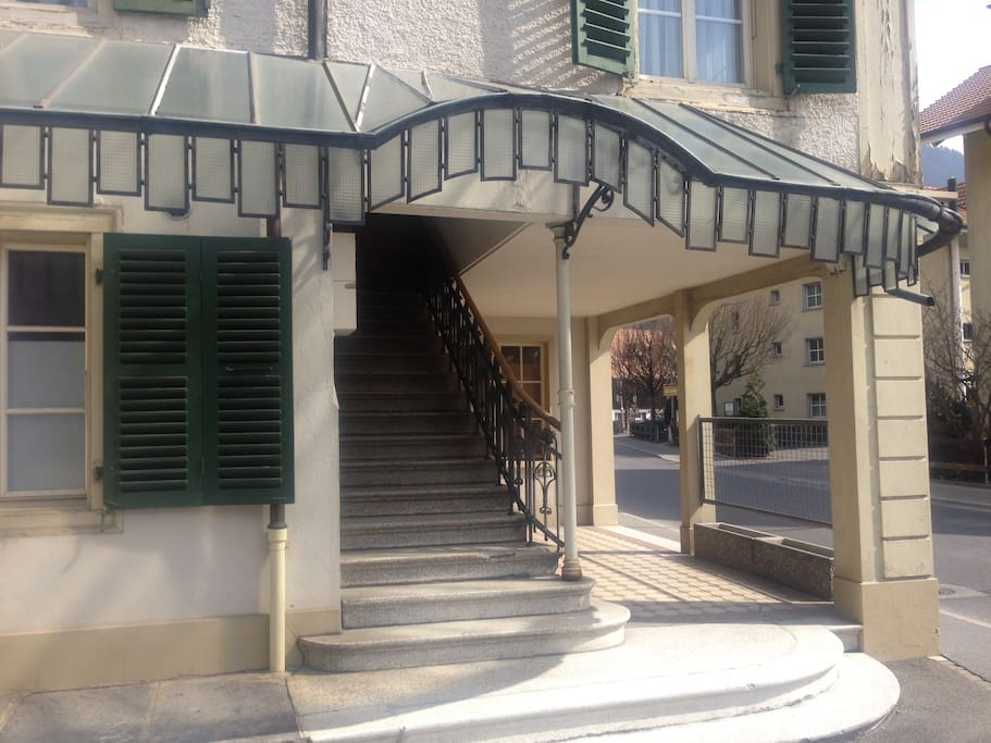 Entrance stairwell to apartment on first floor
