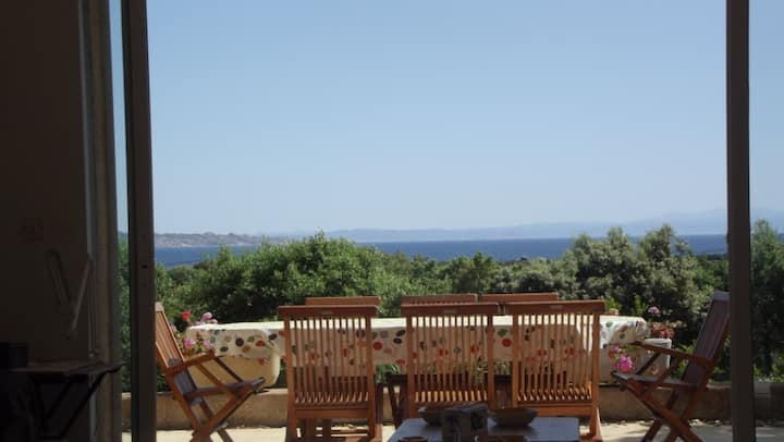 villa 209/6pers, vue mer, plage à 800m, jardin