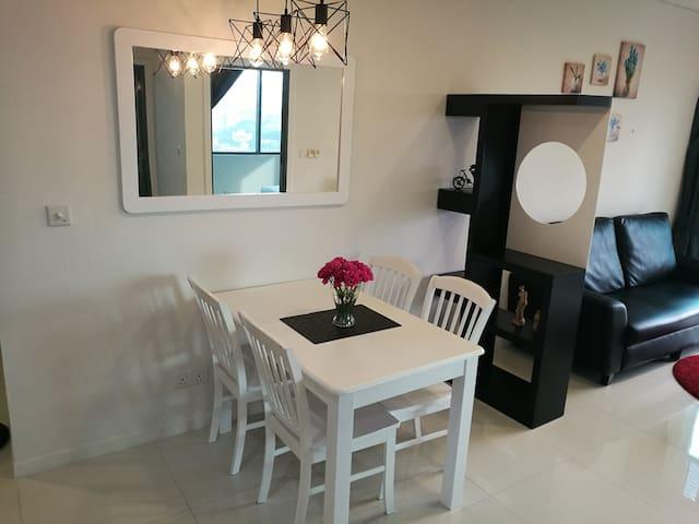 Modern suites, 5mins KLCC, 2min to train stn B18Z9 - Kuala Lumpur - Rumah