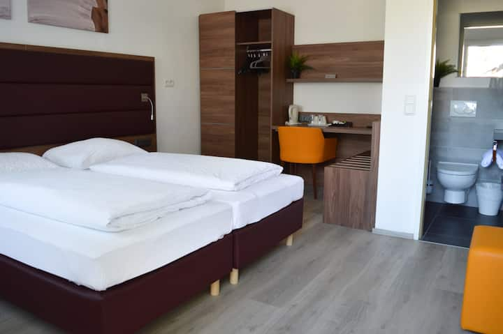 Motel-Room with Private Bathroom