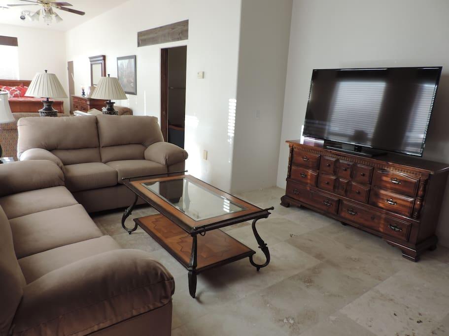 Living Room w/ Entertainment Center
