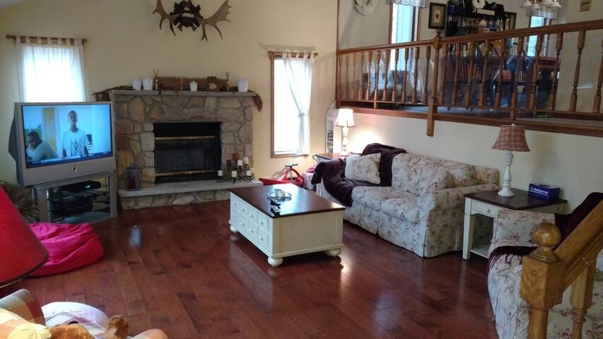 Great Family Getaway In The Mountains - Pocono Pines - Huis