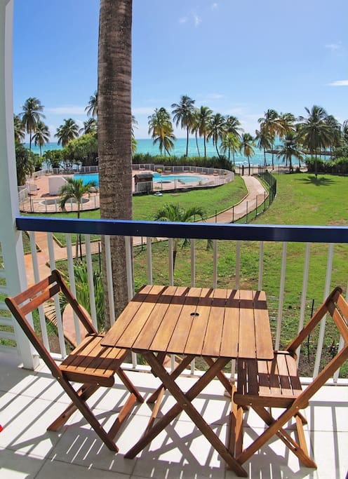 balcon et vue de la plage