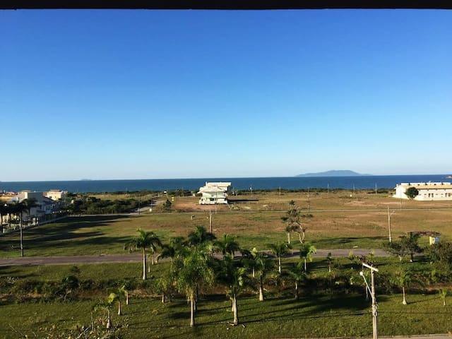 Apto. loft Praia de Palmas - SC, 3 suítes