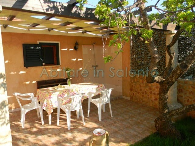 Casa vacanze 2 posti letto con giardino - Patù - Huis
