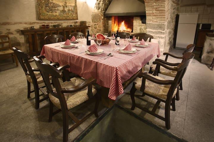 Casa la bodega en Toledo