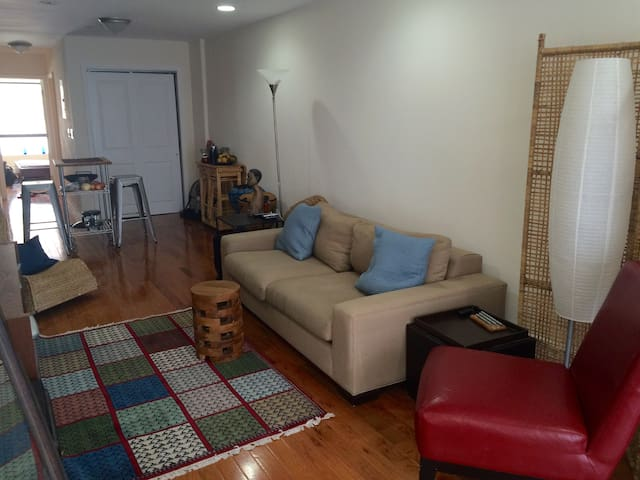 Brand New 1 Bedroom Getaway Flat in Brooklyn - Бруклин - Квартира