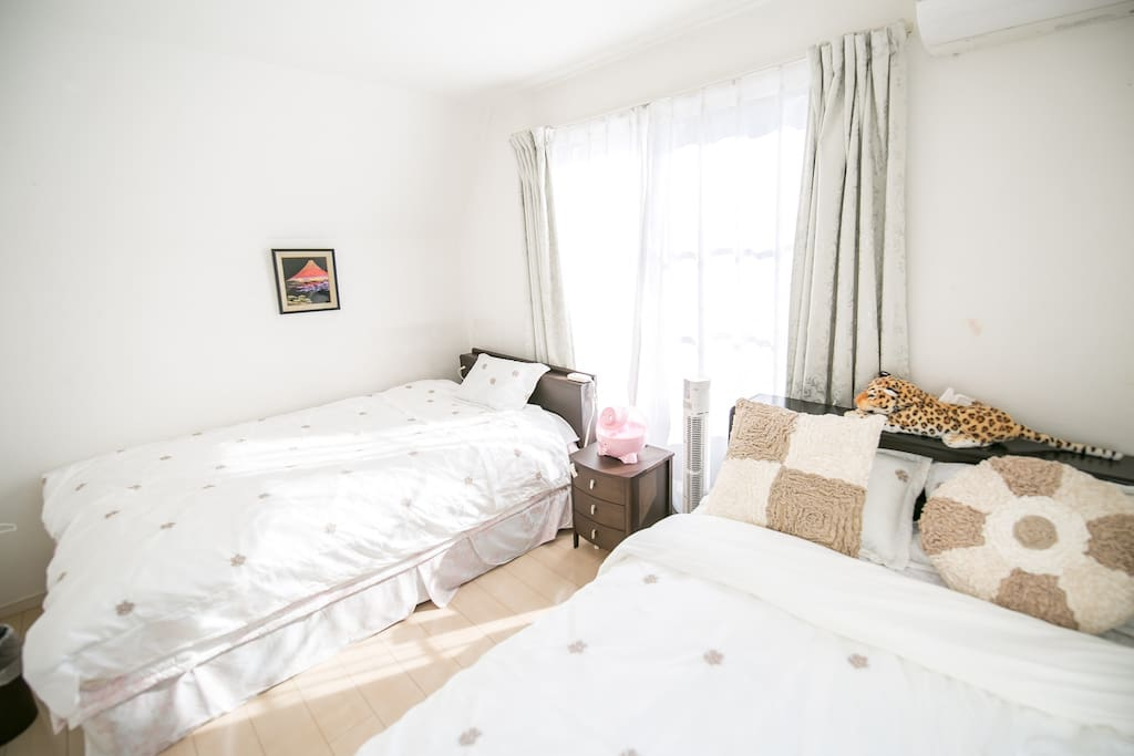 三楼卧室Bedroom1