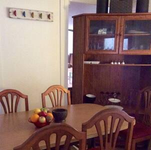 Corella Creek Standard Queen Room for 2