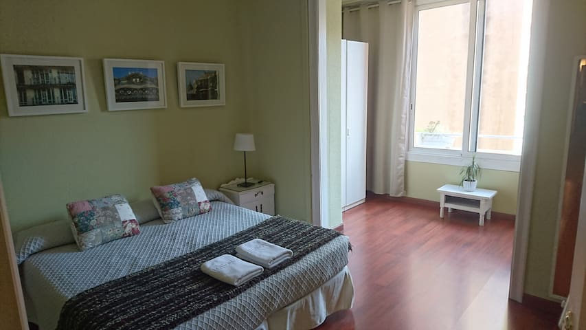 Cosy Big Double Room!! Paseo de Gracia.