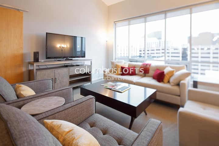 XL Modern 2BR Condo—Downtown / Convention Center
