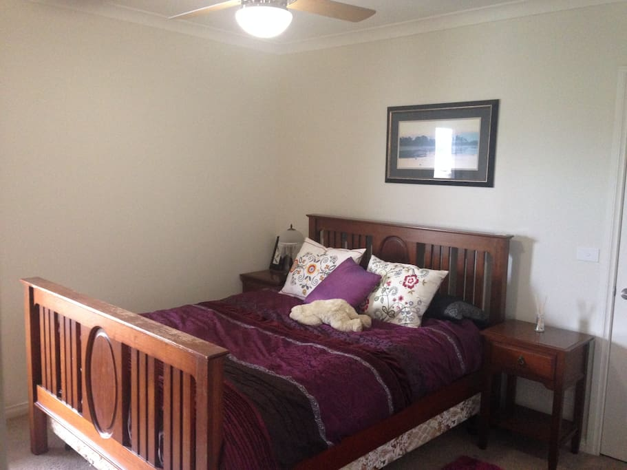 Comfortable heritage queen bed, draws and wardrobe available.