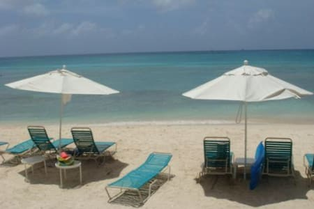 Seven mile beach 2bdr condo - Seven mile beach - 公寓