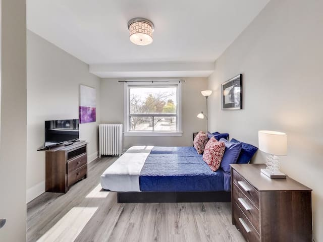 Toronto 2BR Suite at Danforth Woodbine East York