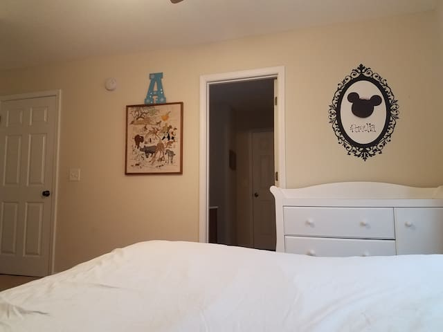 Old Towne bedroom.