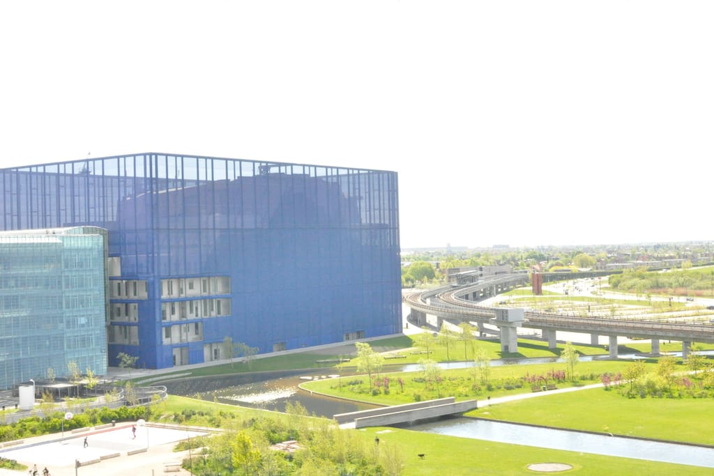 he head office of Danmarks Radio (National Danish Broadcasting) with the beautiful Jean Nouvel Concert Hall