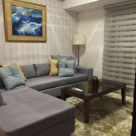 2 BR Condo Unit Marquee Residences - Angeles City - Kondominium