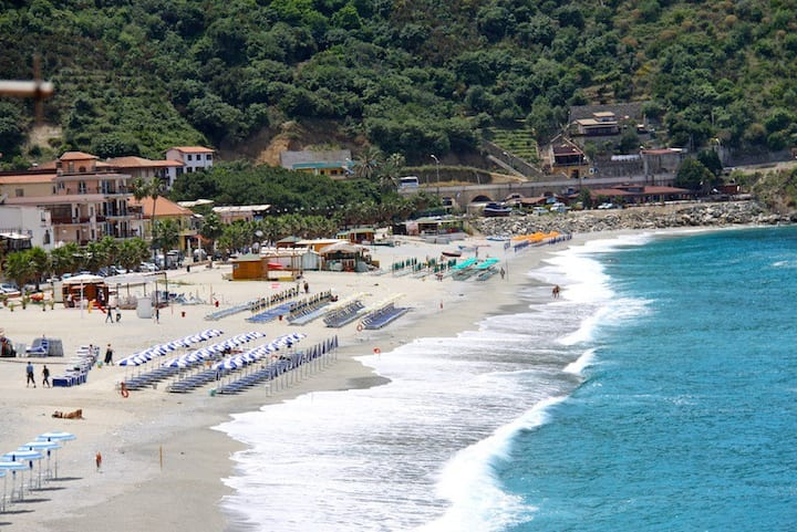 Beach House Scilla