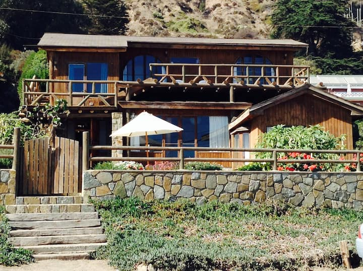 Beautiful house in Maitencillo with  ocean view