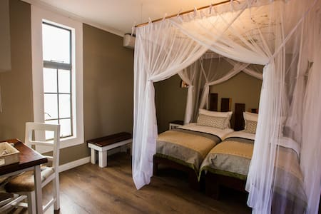 Comfort Twin Rooms - Kalahari Anib Lodge