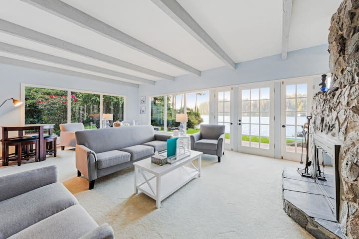 Dog-friendly, waterfront home w/ amazing views & a private hot tub!
