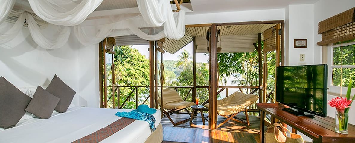 Deluxe Breathtaking Ocean Facing Bungalow - Ko Kut - Bungalow
