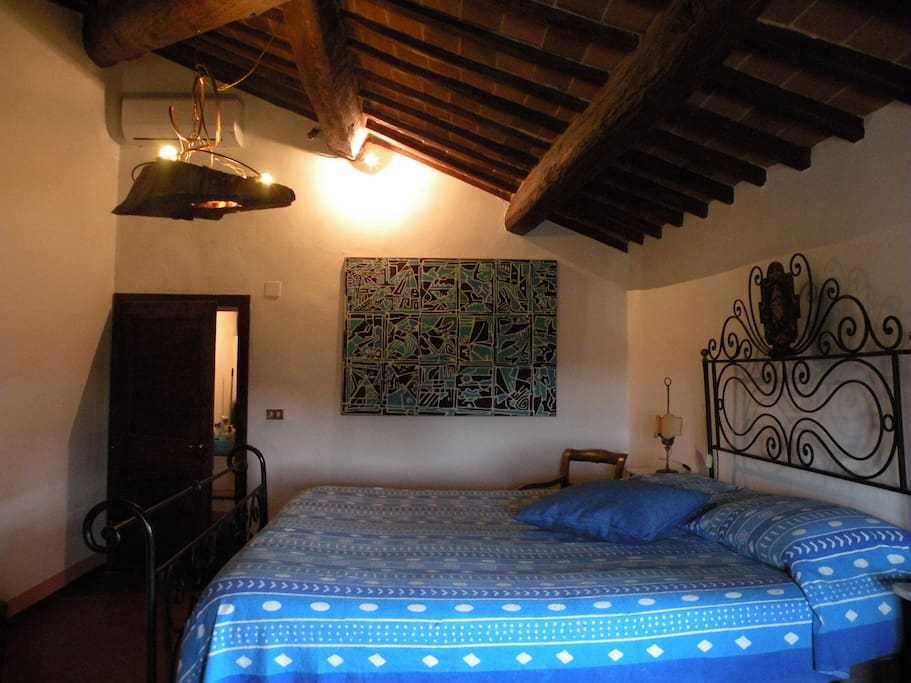 Romantic room in cottage Cortona