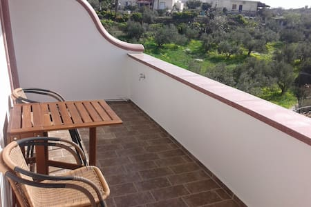 Odysseas of Angyra (Leros 2017) - Agia Marina - Apartmen