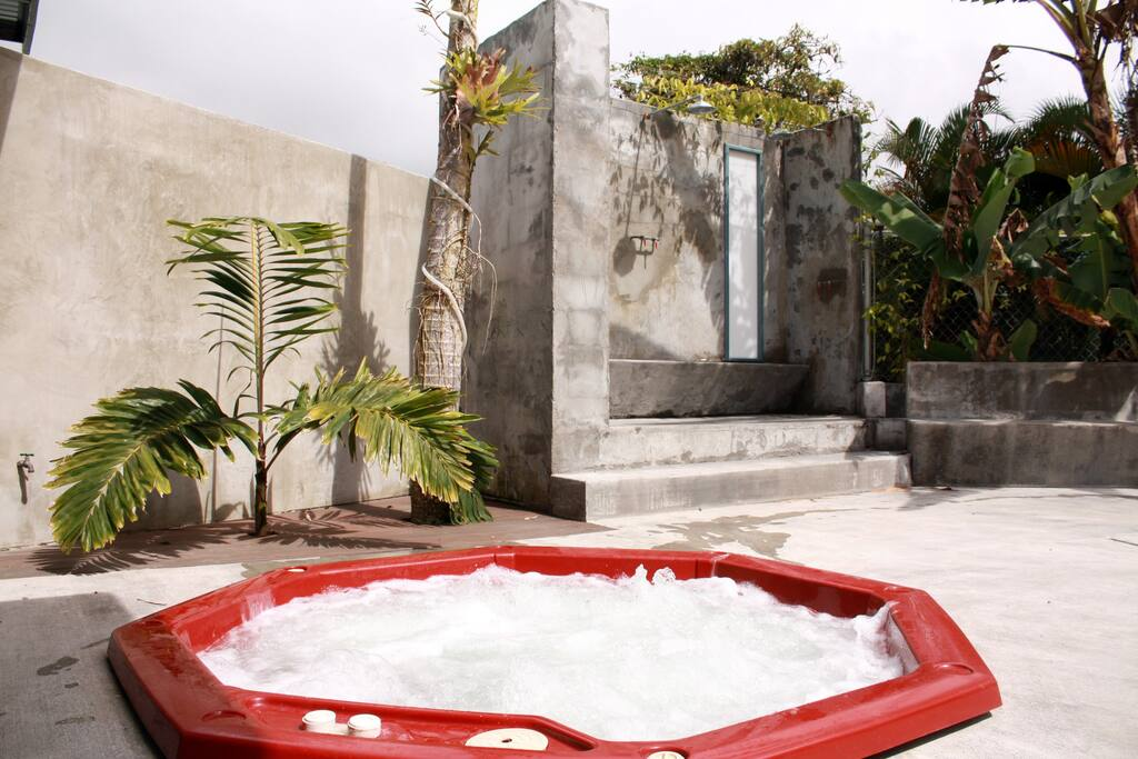 Jacuzzi + Outdoor Tranquil Showers- Clothing Optional