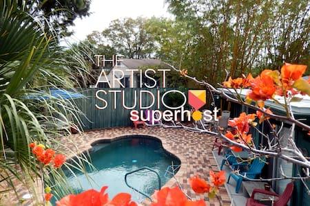 The Artist Studio SRQ