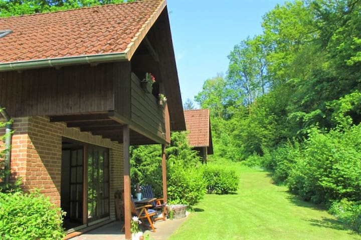 Ferienhaus am Wald Scharbeutz Natur pur - Scharbeutz - Casa