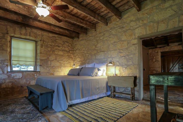 Weinheimer Cabin at Baron's Creek Ranch