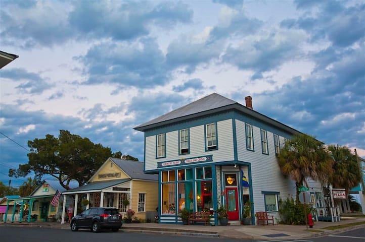 Cedar Key Writers Retreat