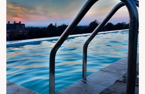 Scenic View Studio Kiambu Road, WiFi, Pool, Lift