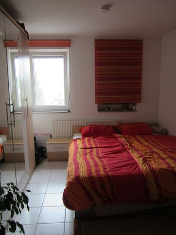 Nice appartment, close to everything - Eppelheim - Apartment