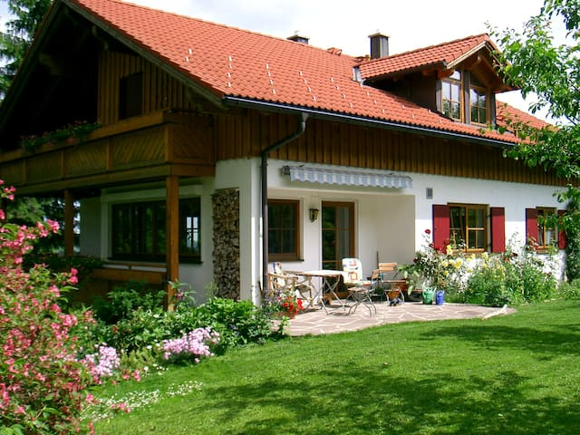Holiday Home with splendid views - Oy-Mittelberg - Lejlighed
