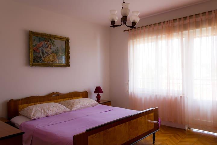 Cosy room in Mali Lošinj - great view, nice hosts