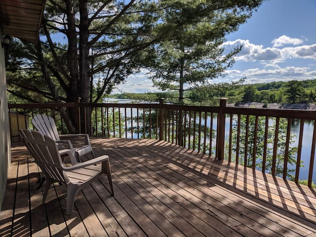 Cottage on Kennebec- Your Next Family Getaway!