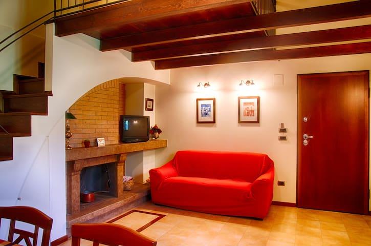 SOGGIORNI SETTIMANALI CASA JENNACCA - San Giovanni in Fiore - Apartamento