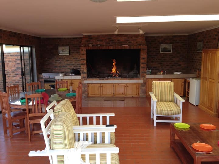 Child-friendly, Braai-heaven Struisbaai Home