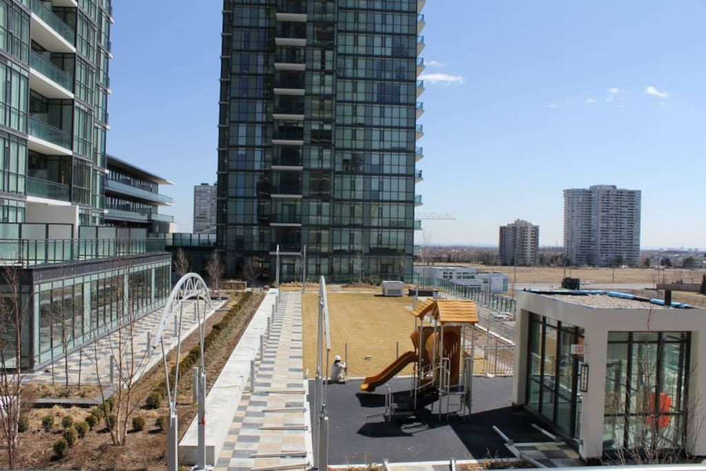 Luxury Suite - Downtown Mississauga - Apartments for Rent ...